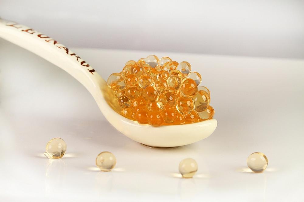 White balsamic pearls (2)
